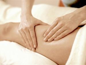 Massage-aThigh©I.Bouratinos
