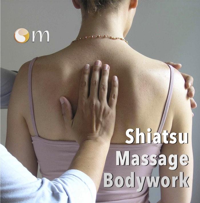 shiatsu sitting palm back P6275997 copy